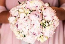 Bouquet / ..ad ognuna il suo <3  #bouquet #weddingbouquet #bridalbouquet | wedding destination photographers | www.nonsolospose.it