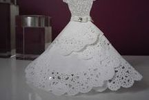 Dresses / Paper dresses