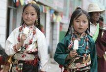 Weaving / Artisans Preserving Tradition