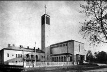 ⌂ History of Architecture in Hungary (1920-2000) / a fontos épületek ! jellel jelölve