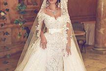 Robe de mariée / tenue / bague