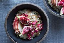 Porridge, oatmeal, breakfast bowls / My favorite breakfast