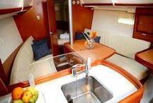 Beneteau 32 -Lazyitis / Sailing monohull Whitsundays comfortable for 4 passengers http://www.ccy.com.au