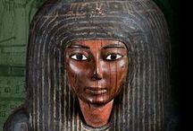 Egypte. Land van onsterfelijkheid / De tentoonstelling Egypte, land van onsterfelijkheid laat met prachtige beeldhouwwerken, bronzen godenfiguren, mummiekisten en mummies zien hoe de oude Egyptenaren zich voorbereiden op het eeuwige leven in het hiernamaals. Van 1 april t/m 2 oktober 2016.