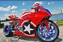 MOTORCYCLE / by Lee Talbott