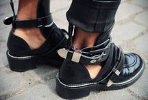 Shoes / I can't not have these tho