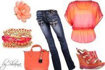 Photo Shoot Wardrobe Tips / #Photography #Photos #Wardrobe #Fashion