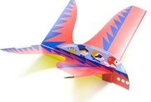 Themafeest: piloten / Tips en inspiratie voor het organiseren van een origineel kinderfeestje. Inclusief traktaties, uitnodiging, spelletjes, verjaardagstaart, slingers, versiering en meer feestideeën!