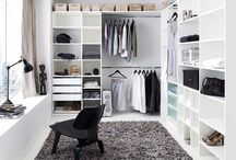 * Dressing Room / -Dressing room -Closet -Wardrobe -Cabina armadio- Luxury - walk-in wardrobe