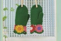 Crochet Clothes - Mittens & Wrist Warmers / by Wilma Spielen