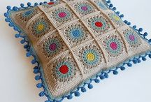 Crochet Home - Pillows / by Wilma Spielen