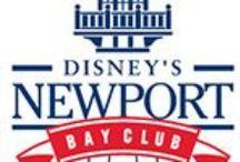 Disney's Newport Bay Club Hotel / Dans ce magnifique hôtel de croisière, situé à Lake Disney®, vous trouvez l'ambiance d'un port élégant. Venez à bord des restaurants cape Cod ou le Yacht club et déguster des menus délicieux. Cet hôtel vous ramène vers le Nouvelle Angleterre des anciens temps. Disney's Newport Bay club® se trouve sur environ 10 minutes de marche des parcs Disney®.