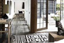 Entry / hallway entry livingroom