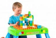 Juegos de construcción - Juguetes Molto / Diviértete junto a tu peque creando castillos, casitas, murallas, lo que queráis.