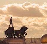 Madrid / Fotografías de la ciudad de Madrid realizadas por Javier Aranburu. Sus lugares más emblemáticos, microhistorias, paisajes urbanos, sus habitantes... características por su armonía compositiva y atención a cada detalle, siempre desde la artística mirada del autor.