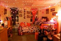 Dorm:)<3 / College Lyfe Seriously want my dorm to look similar to these :)