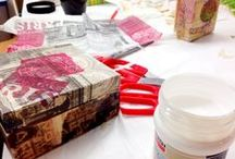 Decoupage seminar / Cutting pictures and paste objects to reconstruct them into art objects.