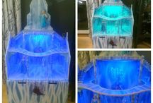 Dollhouse Diy #frozen castle / Dollhouse . Frozen Castle. Diy project. Birthday present for my daugther