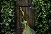 Courtyards and secret gardens / by Beth Callahan