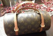 Designer Brand Bargains on VarageSale / Super deals on designer purses, handbags and accessories  found posted on VarageSale. Includes luxury brands such as Louis Vuitton, Burberry, Michael Kors and many more - all available for sale in local VarageSale communities.