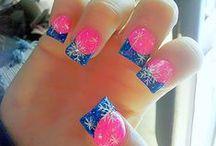 Nails<3 / by Destiny Sandra