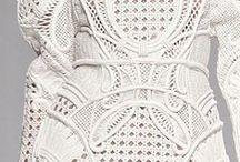 Colour: White / *