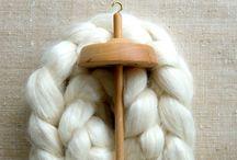 S p i n / Spinning Yarn
