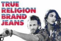 • CALÇA JEANS • TRUE RELIGION