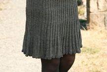 Knitting skirt