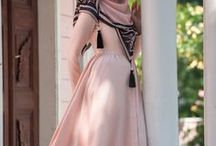 VESTÎDØS ĖN 3L MÜNDØ / tipical dresses of differents countries