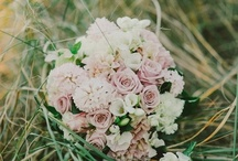 Vintage Tones - Florals / #flowers in vintage tones, peach, dusty pinks / by Button Love (Candice)