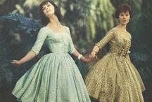 •Vintage dresses and clothes / Envies futures, trouvailles, photos coup de coeur, inspirations...