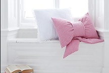 home pillows & linens 枕巾 ♥ / by Chyna Bel 佳 ♥