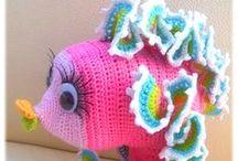 Crochet Pets & Dolls / by * RobsFan-tasy *