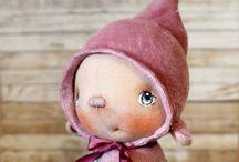 Dockor och dockkläder / dolls and doll clothing