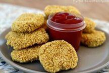 vegan Kid Friendly Recipes / Delicious vegan kid recipes for breakfast, lunch, dinner and snacks in between.