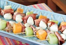 APPETIZER RECIPES + SNACK IDEAS / appetizer recipes | easy appetizers | appetizers for a party | healthy appetizers | summer appetizers | make ahead appetizers | Christmas appetizers | thanksgiving recipes | dips | appetizers for a crowd | football appetizers | crockpot appetizers