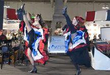 Viaggio al centro del divertimento! / Luci, colori, culture diverse, sorrisi, ghiottonerie, regali e aria di Natale: questo e molto altro all' Artigiano in Fiera, la VOSTRA fiera!