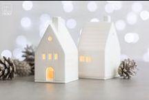 X-Mas 2016 / Leise rieselt der Schnee… … und deckt den Tisch für eine zauberhafte Winterzeit. Zarte Flocken und delikate Eiskristalle zieren bei räder die Wintertafel, vereinen Porzellan, feine Gaze und Kerzenlicht zu einem Festtagsmahl.   Wir krönen Tannenspitzen, schmücken Bäume mit hübschen Kugeln und lassen Sterne durch den Raum tanzen.   Wir zählen die Tage zum Weihnachtsfest, lassen die Welt im schönsten Weihnachtszauber erstrahlen und heißen die Winterzeit willkommen.