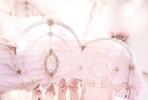 girly bedrooms♡