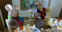 The Mouse Town Tucks Into a Big Brekkie! / Come and Eat If You're Hungry Enough! Welcome to the Ministry, Mishaps and Musings from the 12th Scale Parish of St M's with Artist and Storyteller Tee Bylo