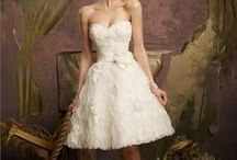 Wedding dresses / by Kate Potter