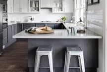 Kitchens - grey / The simplicity of a grey kitchen