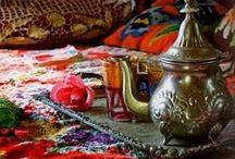 Islam / Ambientes y decoración;  monumentos, ciudades y paisajes de paises islámicos / by Silvia Sierra