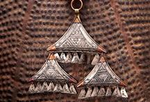 Tuareg / Pieces from the Tuareg, the nomadic people of the South Saharan desert.