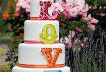 Tropical Wedding Cakes / Inspirational and beautiful Wedding cakes with tropical colours and accents. Luxurious Pacific weddings, holidays, or the ultimate honeymoon - see us at www.nautilusresortrarotonga.com