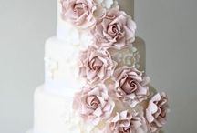 Inspired by cakes / Sharing some of the best pins for fantastic pinners! / by Winner Weddings