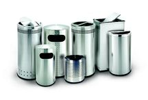 Stainless Steel Trash Cans / Trash cans made of stainless steel and metal for indoor and outdoor use. Great for public use or for small and large offices and lobbies.