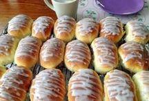 Сладкие пироги и пирожки / Сладкая выпечка с ягодами и фруктами, с джемом и творогом, с кремом и другими сладкими начинками