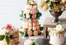 Wedding Cakes & Sweet Treats / Everything sweet for your wedding. Wonderful wedding cakes, dessert buffets and candy buffets.